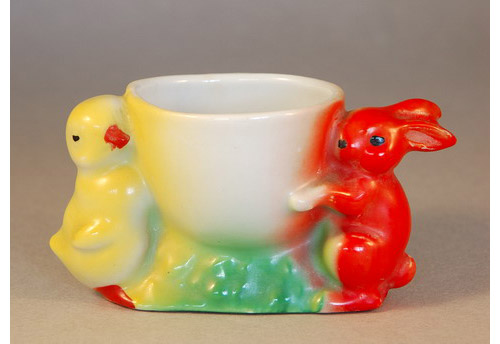 1930s Egg Cup formed with a small bunny and a small chick