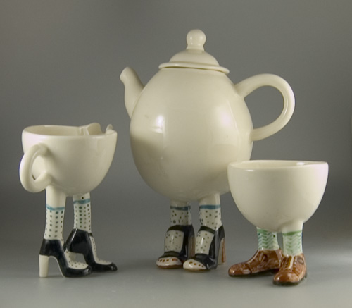 2006 Lustre Pottery Walking Ware Teaset + 2 cups (Sold)